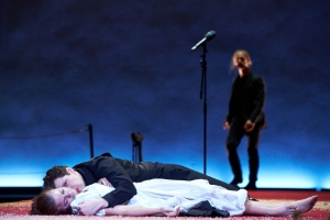 http://artmixx.de/files/gimgs/th-104_104_hamlet-1589cr2p.jpg