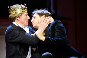 http://artmixx.de/files/gimgs/th-104_104_hamlet-2416cr2p.jpg